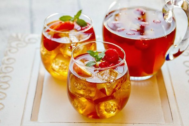 sweet-tea-sangria-with-peaches-and-raspberries-no-wm.jpg
