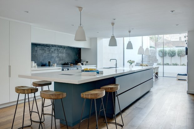 Roundhouse Urbo matt lacquer handle less kitchen in Farrow & Ball Hague Blue.jpg