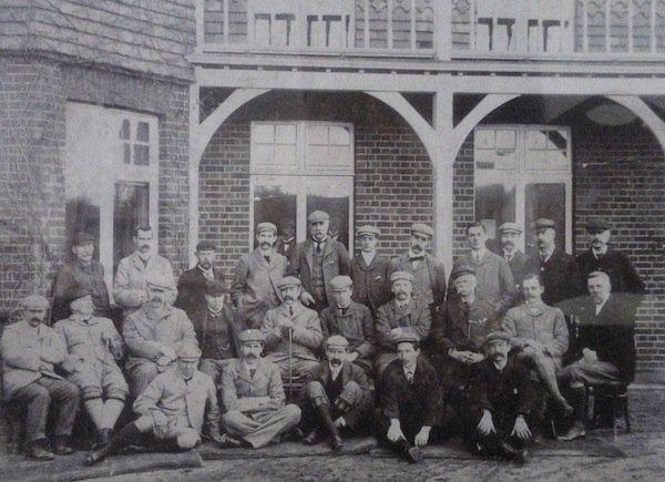 1903 photo v2.jpg