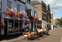 the-eel-pie-pub-church-street-twickenham.jpg