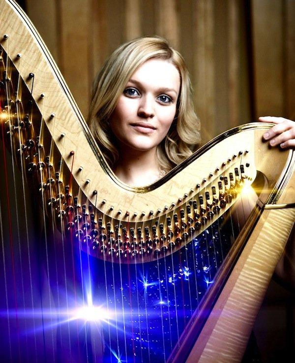 Hannah Stone harpist