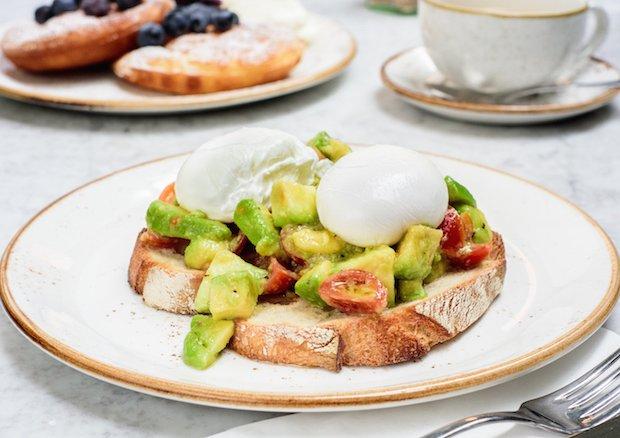 Alma_Cafe_Homemade_Pancakes_Creme_Fraiche_Fruit_And_Fresh_Berries__Native-2.jpg