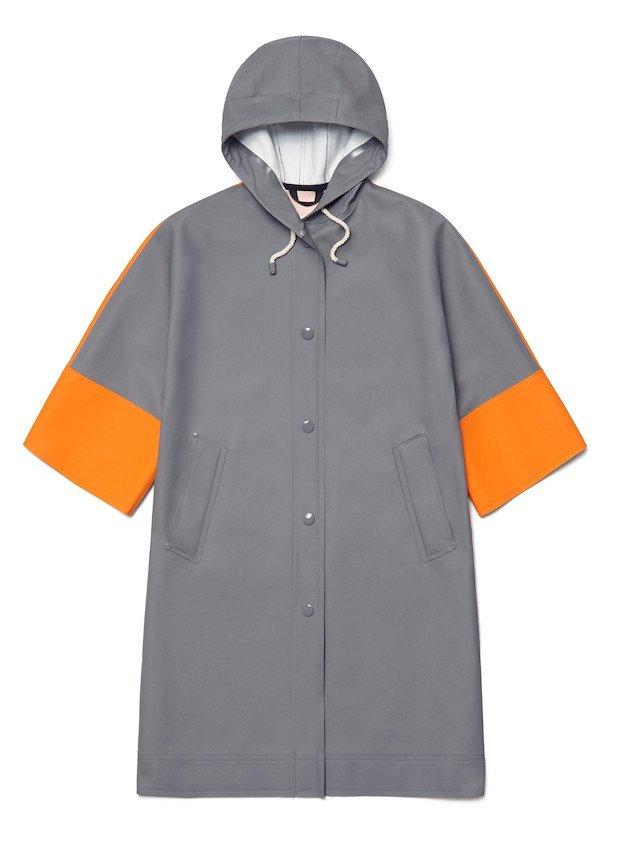stutterheim_aw17_unisex_volume_coat_grey_orange_white_woman_product_front copy.jpg