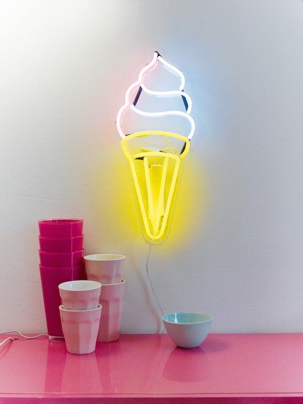 Neon-09 copy.jpg