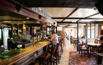 the-hare-and-hounds-pub-claygate.jpg