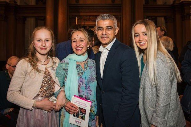 sarah-hope-and-daughters-meet-sadiq-khan.jpeg