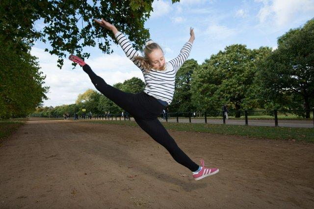 Pollyanna-hope-jumping-with-new-blade.jpeg