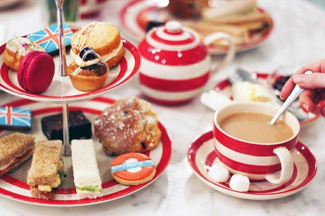 afternoon-tea-at-biscuiteers.jpg