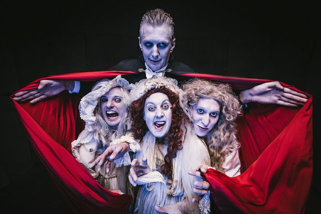 dracula-the-bloody-truth2-theatre-royal-windsor.jpg