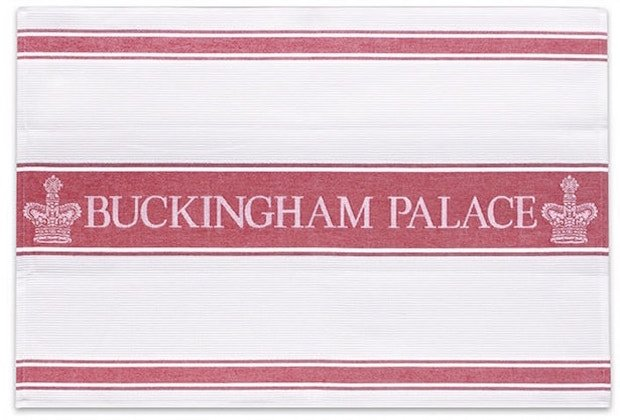 buckingham-palace-towel-min.jpg