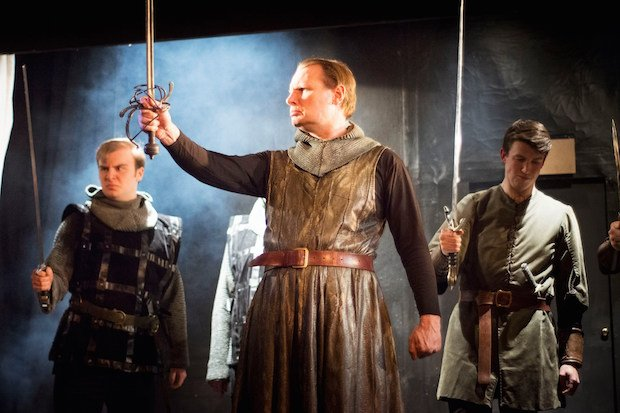 richmond-shakespeare-society-swords-raised-macbeth-mary-wallace.jpg