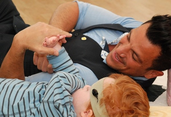 Peter Andre vist to SSC - Pete interacted with children at the hospice.jpg