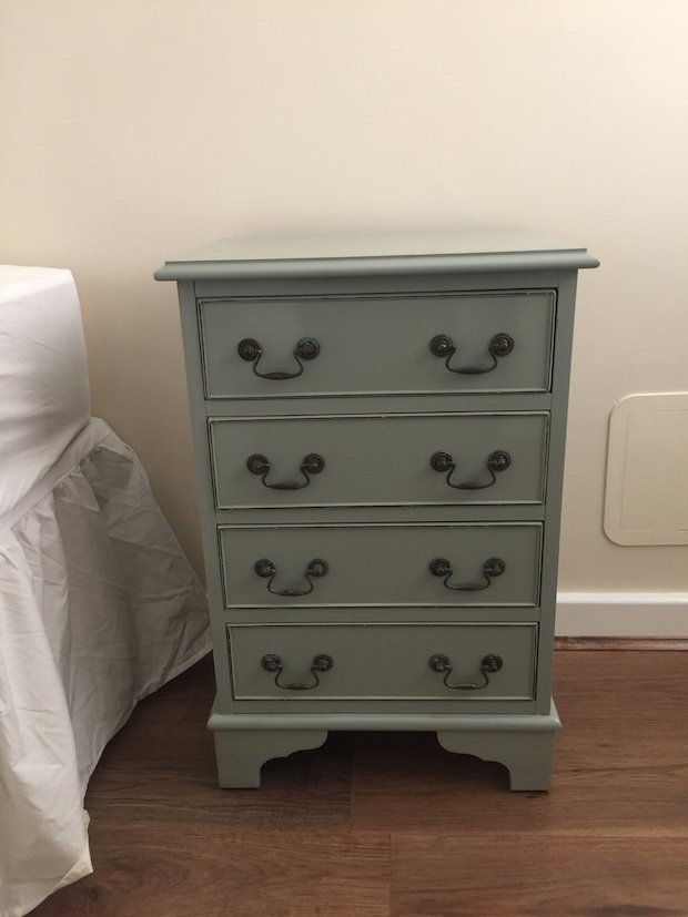upcycling-david-free-finished-bedside-table.JPG