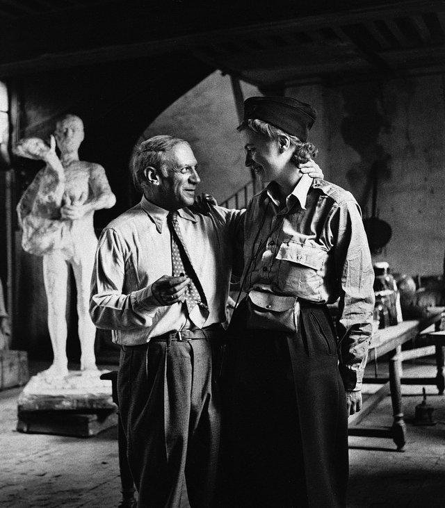 Lee Miller and Picasso in his studio, Liberation of Paris, Rue des Grands-Augustins Paris, France, 1944 by Lee Miller © Lee Miller Archives, England 2018. All rights reserved. leemiller.co.uk.jpg
