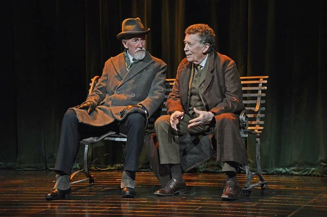 Sherlock Holmes/Robert Powell Mycroft Holmes/Roy Sampson