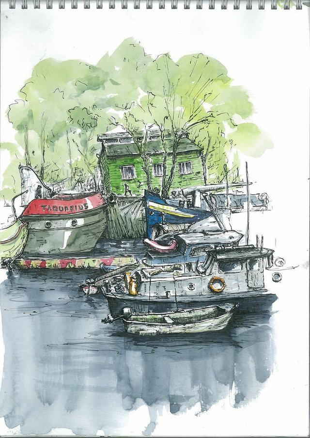 Boats moored at Eel Pie Island (John Swanson)-min.jpg
