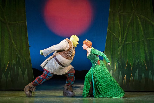 Shrek_ProductionImage_ATG_hi-res 2.jpg