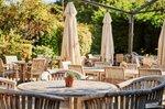 the-fox-and-hounds-pub-beer-garden-englefield-green.jpg