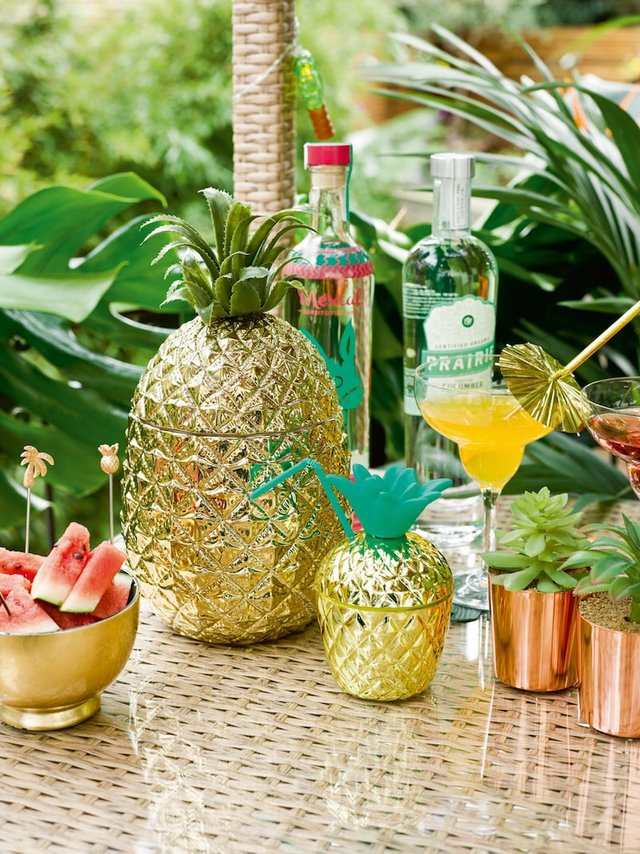 Talking-Tables-Tropical-Fiesta-Outdoor-entertaining-bar-drinks-station-Pineapple-ice-bucket-and-gold-cup-lifestyle-Portrait copy-min.jpg