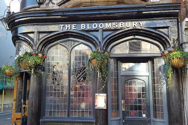bloomsbury-pub-2163022_1280.jpg