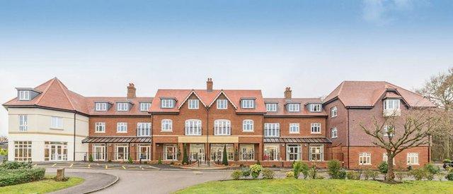Elmbridge Manor Front View copy.jpg