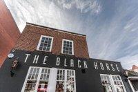 the-black-horse-pub-kingston.jpg