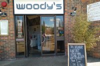 Woodys-pub-kingston.jpg