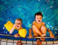 swimming-933217_1920.jpg
