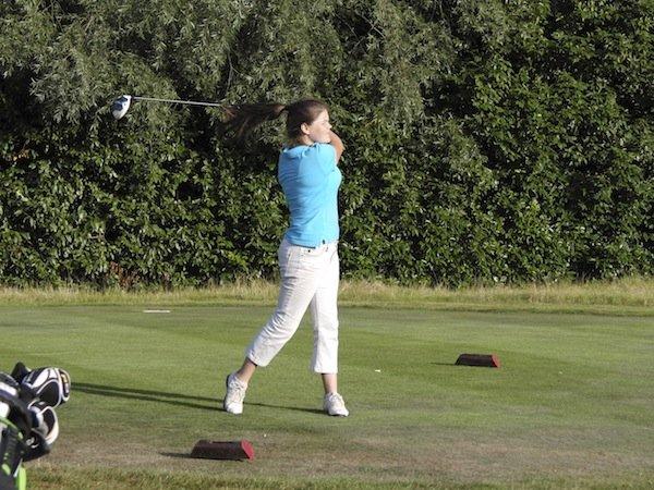 Kids golf in Surrey