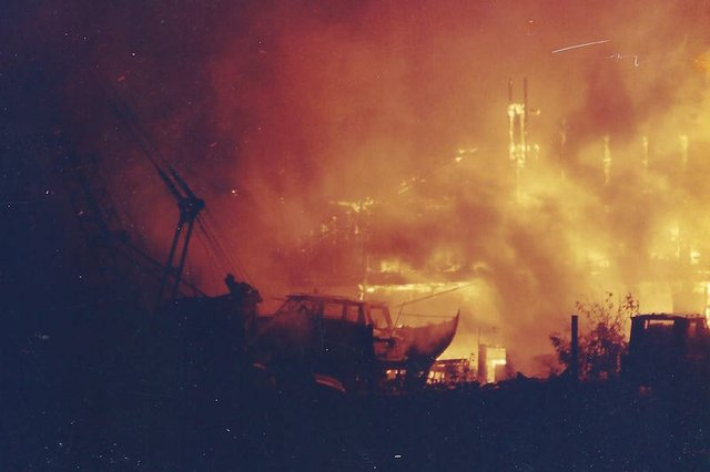Boatyard on fire 1996 copy.jpg