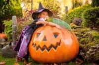 Halloween Chessington copy.jpg