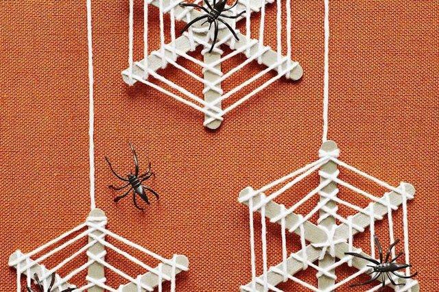 spider_wreaths.jpg