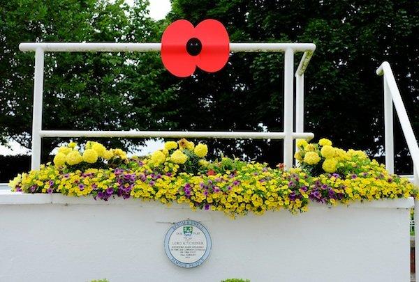 Epsom Downs Racecourse commemorates WWI