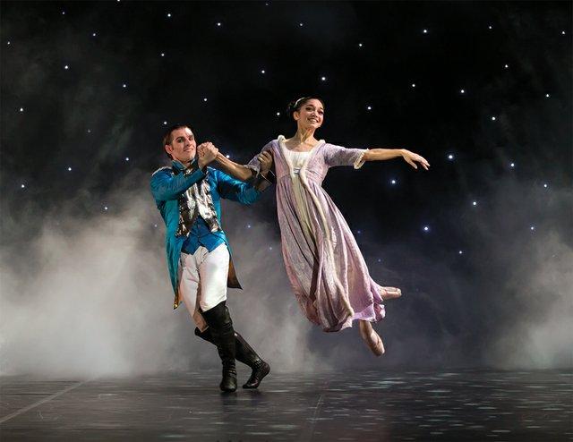 Rachael Gillespie as Clara with Ashley Dixon as the Nutcracker Prince in Northern Ballet's production. Photo Emma Kauldhar (3).jpg
