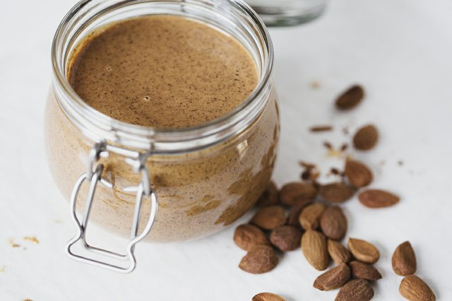 Cocoon_Cooks_Almond_Butter_1.jpg