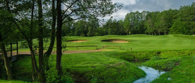 Merrist-Wood-Golf-Club-Guildford-1542x660.jpg
