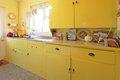 6 kitchen.JPG