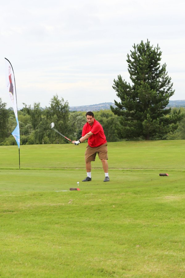 Nick golf.jpg