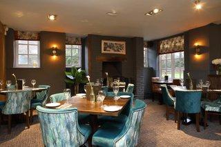 the-blue-anchor-pub-tadworth (1).jpg