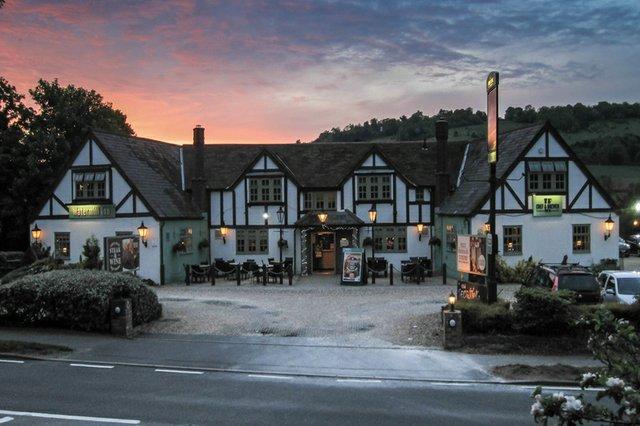 the-watermill-inn-best-pub-dor.jpg