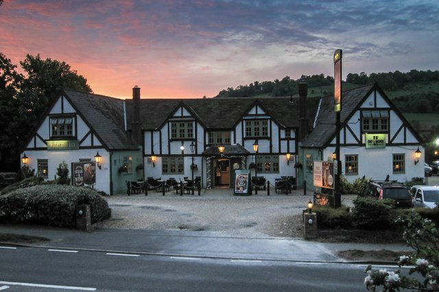the-watermill-inn-best-pub-dor.jpg