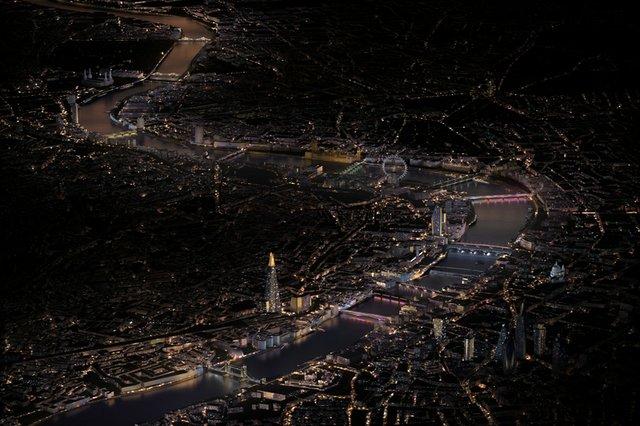 ---illuminated-river--leo-vill.jpg
