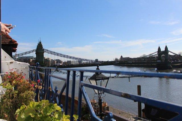 the-blue-anchor-riverside-restaurant-london.jpg
