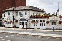 the-cabbage-patch-best-pubs-in-twickenham-for-the-rugby.jpg
