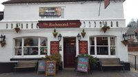 the-best-pub-godalming-surrey-the-richmond-arms.jpg