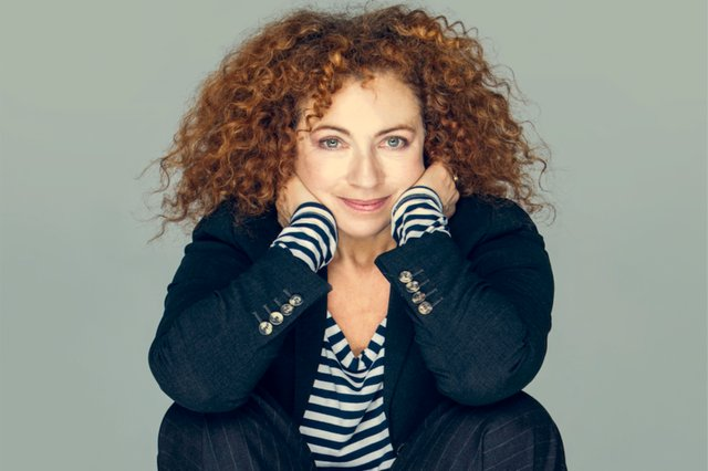 alex-kingston.png