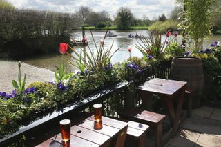 best-pubs-rugby-london-twickenham.jpg
