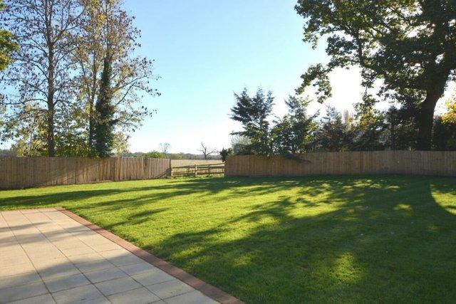 SEND Windermere-Back-Garden--980x654.jpg