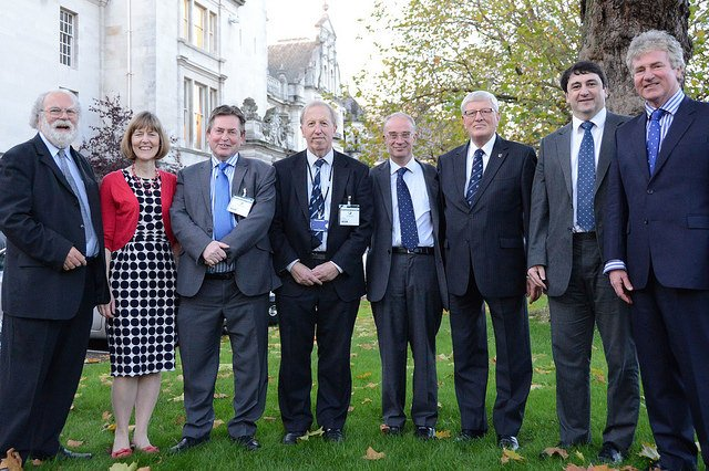 Pledge signed to work for better Thames defences to protect 15,000 homes and businesses