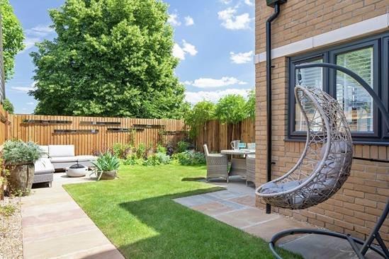 vb1204658_7224_31_Plot8_Imber_Riverside_East_Molesey_Rear_Garden.jpg